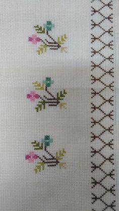 Cross Stitch Needles, Simple Cross Stitch, Cross Stitch Borders, Cross Stitch Rose, Cross Stitch Flowers, Cross Stitch Designs, Cross Stitching, Cross Stitch Embroidery, Cross Stitch Patterns