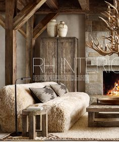 Mountain House Decor, Mountain Bedroom, Mountain Homes, Ski Lodge Decor, Casa Cook, Ranch Style Homes, Lodge Style, Cabin Interiors, Cabins In The Woods