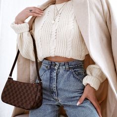 Classic and simple style outfit inspiration for women. Check my instagram for more @ootd_by_jolie                                  #nudecolors #fashionstyle #fashionpost #syreetstyleoutfit #casualoutfit #simpleoutfotidea #outfitforschool #falloutfitidea #inspirationoutfit #winteroutfit Winter Outfits, Casual Outfits, Fashion Outfits, School Outfits, Simple Style, Ootd, Nude, Classic, Check