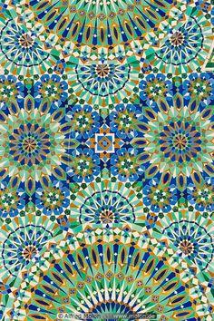 MOSAIC =  Islamic pattern mosaic