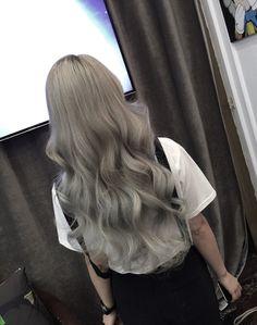 Hair Dye Colors, Ombre Hair Color, Elegant Hairstyles, Wig Hairstyles, Hair Inspo, Hair Inspiration, Korean Hair Color, Ulzzang Hair, Dying My Hair