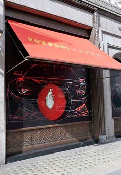Eye-catching beating heart display by Gensler for Curreri Store Ferrari, Visual Display, Window Displays, Pin Image, Store Design, Visual Merchandising, Retail, Neon Signs, Windows