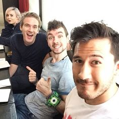 Pewds, Jack, Mark and some girl I don't care about in the same room. That's Amy,and my youtube squad!