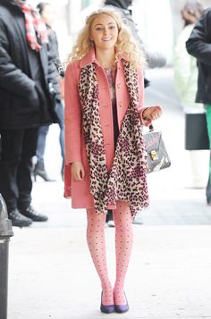 Annasophia robb Patterned in Pink!