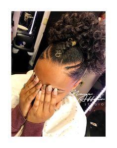 Kids Hairstyles - ριntєrєѕt: үαsмιη к. Cute Natural Hairstyles, Natural Hair Updo, Kids Braided Hairstyles, Trendy Hairstyles, Natural Hair Styles, 1950s Hairstyles, Gorgeous Hairstyles, Cabello Afro Natural, Pelo Natural