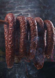 Kiełbasa jałowcowa Curing Salt, Photo Composition, Smoking Meat, Charcuterie, Restaurant Bar, Deli, Poland, Sausage, Good Food
