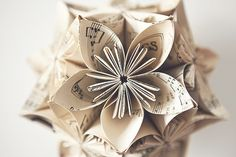 Imagen de flowers, music, and Paper