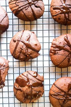 5. Chocolate Black Bean Protein Cookies #healthy #protein #cookies http://greatist.com/eat/healthy-cookie-recipes-packed-with-protein