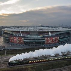 WEBSTA @ arsenal - The world-famous sped past this morning. Arsenal Fc, Arsenal Stadium, Arsenal Players, Arsenal Football, Football Firms, Football Stadiums, Arsenal Wallpapers, Match Of The Day, Flying Scotsman