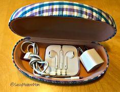 Telefon aksesuarlarınızı güneş gözlüğü kutusunda saklayın.