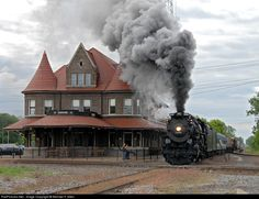 Pere Marquette 1225 steam locomotive at the Durand Union Station