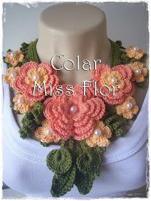 Miss Flower Necklace (no pattern); so pretty