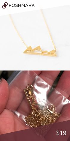 NWT gold mountain necklace Never worn brand new very dainty alloy metal new Jewelry Necklaces