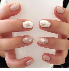 Cute Nail Art Designs Ideas for Stylish Girls - Page 12 of 20 - Fashion - Nails - Star Nail Designs, Cute Nail Art Designs, Round Nail Designs, Nude Nails, My Nails, Manicure For Short Nails, White Manicure, Essie, Neutral Nail Art