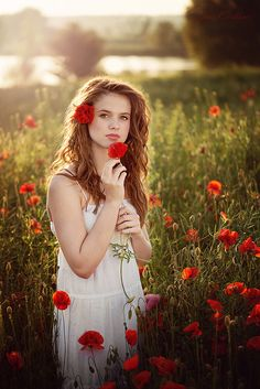 Photo Katka by Jana Kvaltinova on Girl Photography, Creative Photography, Shooting Photo, Outdoor Portraits, Red Poppies, Flower Power, Beautiful Pictures, Photoshoot, Inspiration