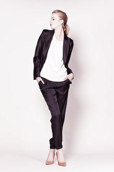 Veste noire IKKS Femme Pure Edition et pantalon imprimé python