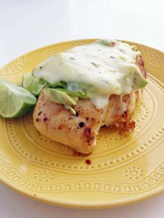 Southwestern Chicken Avocado Melt - http://stlcooks.com/2014/05/southwestern-chicken-avocado-melt/
