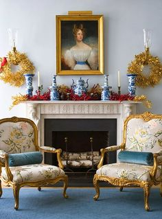 Chinoiserie Chic: The Chinoiserie Christmas Mantel