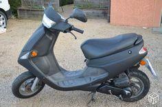 Peugeot Zénith scooter 50cc Scooter 50cc, 50cc Moped, Skin Dermatologist, Body Gel, Peugeot, Sensitive Skin, Van, Pumps, Scooters