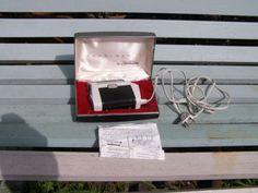 VINTAGE-SUNBEAM-CORDLESS-ELECTRIC-SHAVER-ORIGINAL-MESH-METAL-BOX $49.99 US