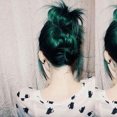 Imagen de hair, green, and green hair
