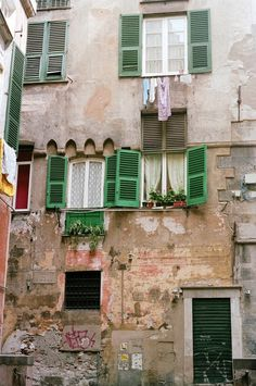 I would loved to explore the old city and the alleys and staircases that wind through this district in Genoa, Italy. Living In Italy, Living In Europe, Monuments, Genoa Italy, Milan, Italian Lifestyle, Italian Street, Italian Villa, Visit Italy