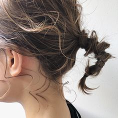 Prom Hairstyles and natural hairstyles Curled Hairstyles, Trendy Hairstyles, Wedding Hairstyles, Natural Hair Styles, Short Hair Styles, Hair Arrange, Hair Setting, Edgy Hair, Hair Reference