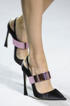 Trendy High Heels For You : Christian Dior Spring 2013 Ready-to-Wear Detail Christian Dior Women's Shoes, Zapatos Shoes, Me Too Shoes, Shoe Boots, Dior Shoes, Fall Shoes, Spring Shoes, Platform Shoes, Strappy Shoes