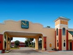 Orlando (FL) Quality Inn and Suites Eastgate Kissimmee United States, North America Quality Inn and Suites Eastgate Kissimmee is conveniently located in the popular Disney Maingate - Celebration Area area. Both business travelers and tourists can enjoy the hotel's facilities and services. Free Wi-Fi in all rooms, ticket service, 24-hour front desk, facilities for disabled guests, luggage storage are just some of the facilities on offer. Comfortable guestrooms ensure a good nig...
