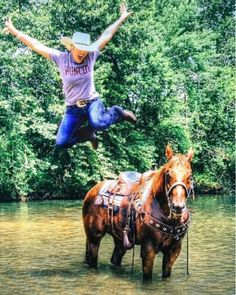 Here\'s hoping your weekend is going a lil something like this! Thanks for sharing @morganannie94  living life in our Punchy tee like a Cowgirl should! #getitgirl #shesnotboring #weekendshenanigans #graphictee #savannah7s
