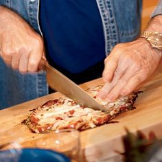 Jacques Pépin makes quick pizzas with pita bread, lavash or flour tortillas. The possibilities are endless, from a simple Margherita to a white-clam Recipes With Mozzarella Cheese, Burrata Cheese, Cheese Recipes, Pizza Recipes, Wine Recipes, Great Recipes, Favorite Recipes, Parmesan, Jacques Pepin Recipes