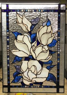 Magnolia Stained Glass Tiffany Panel Magnolia Stained Glass Tiffany Panel will be a great present fo Glass Painting Designs, Glass Painting Patterns, Painting On Glass Windows, Stained Glass Patterns Free, Stained Glass Designs, Mosaic Patterns, Stained Glass Paint, Tiffany Stained Glass, Stained Glass Flowers