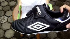 Sepatu Bola Umbro Speciali Eternal Pro HG Black White Blue 80957U DJU Or...