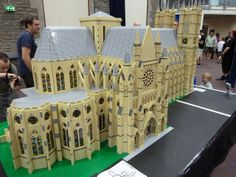 Westminster Abbey in Lego | Flickr - Photo Sharing!