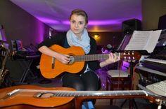 a-Gitarrenunterricht_in_Muenster_Gitarre_lernen_Gitarrenschule_in_Muenster_Gitarrist_Gitarrenlehrer
