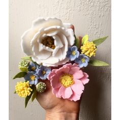 187 отметок «Нравится», 12 комментариев — Maggie Harrison (@loveforsaleshop) в Instagram: «Pretty pastels  I love making girly things for girly girls ❤️ #flowermagic #flowerpower…»