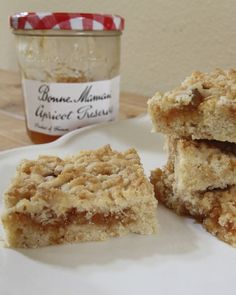 Month: August Ingredient: Apricot Name: Apricot Squares Apricot Slice, Apricot Bars, Cookie Desserts, Cookie Recipes, Dessert Recipes, Jam Tarts, Jam Cookies, Biscuit Cookies, South African Recipes
