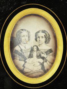 Daguerréotype Représentant Deux Fillettes Et Une Poupée Bayonne 1862 Pays Basque…