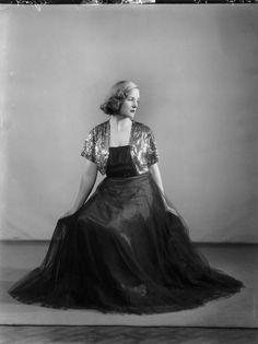 Unity Mitford | Unity Mitford, by Bassano Ltd, 9 November 1937 - NPG x30969 ...