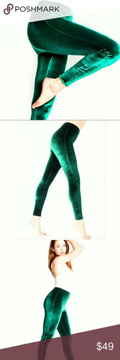 💚American Apparel💚 L, Green Velvet Leggings Leggings by American Apparel!  Allover green velvet!  USA made and sweatshop free!  Worn maybe twice, great pre-owned condition, look almost new!  Size large! American Apparel Pants Leggings