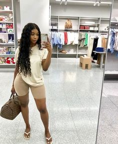 Causal and comfy fits for those run around days! Neutral tones for the winnn, always! Chill Outfits, Dope Outfits, Cute Summer Outfits, Short Outfits, Stylish Outfits, Fashion Outfits, Fashion Hats, 90s Fashion, Fashion Accessories