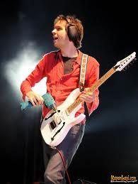 PAUL GILBERT Billy Sheehan, Paul Gilbert, Instruments, Best Guitar Players, Progressive Rock, Pop Punk, Playing Guitar, Guitars, Bands