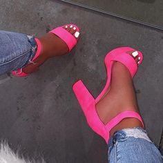 Cute Shoes Heels, Pretty Shoes, Pink Shoes, Girls Shoes, Me Too Shoes, Ladies Shoes, Shoes For Women, Shoes Sandals, Women's Heels