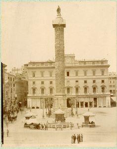 Piazza Colonna (1880 circa)