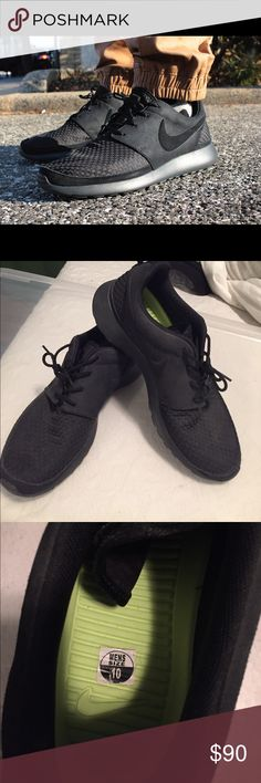 Black Woven Roshes Highly seeked black Woven Roshes. Hard to find. Only worn once Nike Shoes Sneakers