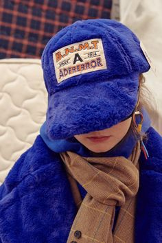 Fur cap Blue Sold out Fashion Books, Fashion Outfits, Womens Fashion, 5 Panel Hat, Embroidered Sweatshirts, Headgear, Faux Fur, Winter Hats, Baseball Hats