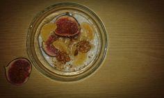Yummy yummy owsianka na śniadanie! ;) http://byc-motylem.blogujaca.pl/2015/10/23/sniadanie-krolow-egzotyczna-owsianka/