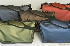waterfield | Sling bag | Made in USA | http://www.sfbags.com/products/slingbag/sling.php