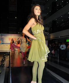 Avail the latest and designer Anarkali Suits For Special occasion only @ rakhitarak......  Visit us : http://www.rakhitarak.com/