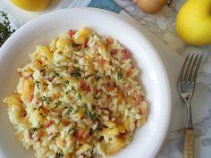Jabłkowe risotto z wędzoną szynką i tymiankiem (Risotto alle mele e speck)